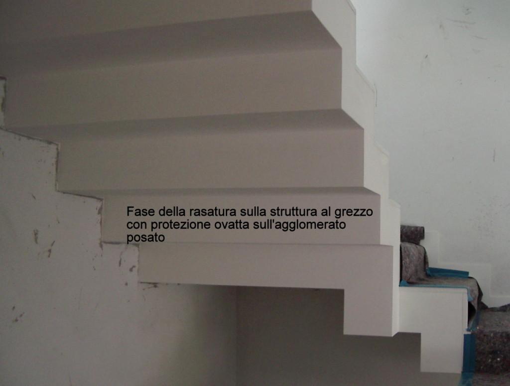 scala in agglomerato di quarzo - lavorazione di rasatura